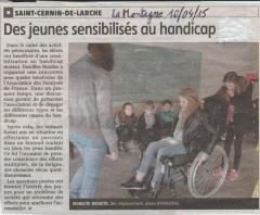 Des jeunes sensibilisés au handicap 002.jpg
